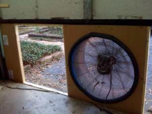 Самодельная вентиляция в гаражеСамодельная вентиляция в гараже