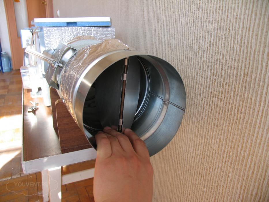 Установка клапана в вентиляцию